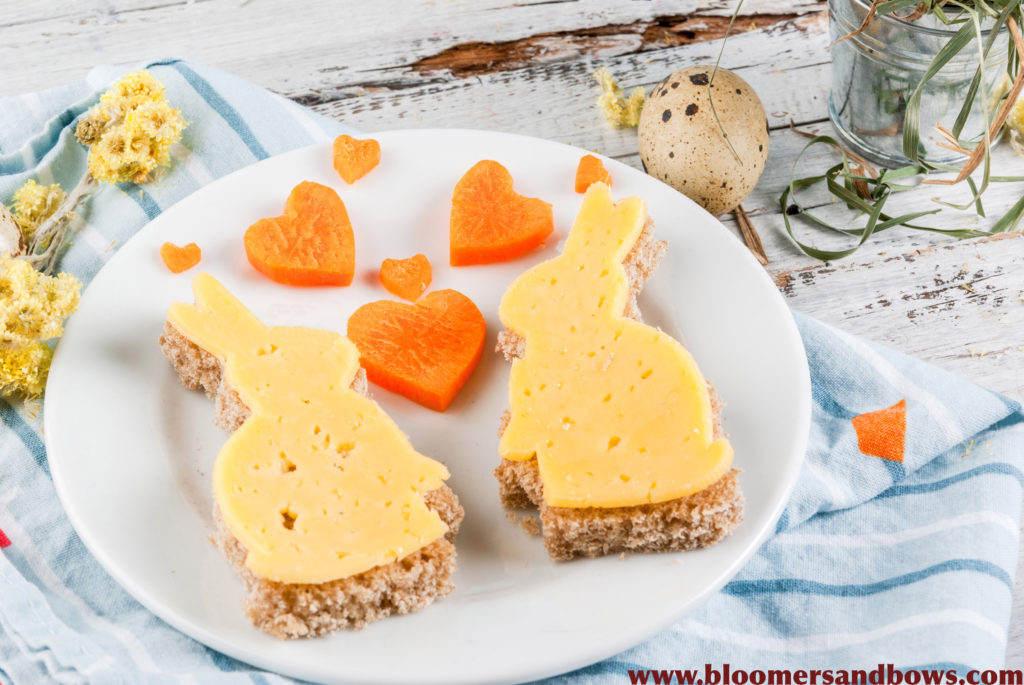 Easter Bunny Sandwich for Kids | Bloomers and Bows | www.bloomersandbows.com